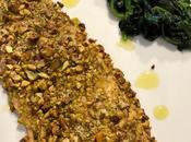 Filetti trota salmonata crosta pistacchi contorno spinaci