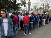 Carovana sotto tiro,Tijuana spaccata. Oggi marce contrapposte
