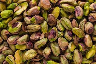 L'oro verde siciliano in tavola: le farfalle alla brontese