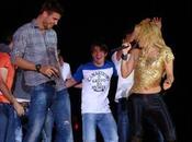 Ecco video Shakira Piqué ballano Barcellona… sembra Maria Filippi!