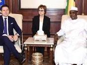 Conte Ciad parla alla approccio strutturale nella lotta all'immigrazione