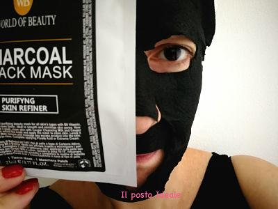 World of Beauty: maschera in tessuto Charcoal Black Mask