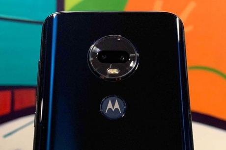 Motorola lancia i nuovi Moto G7: meno di 300 euro per il più evoluto Moto G7 Plus