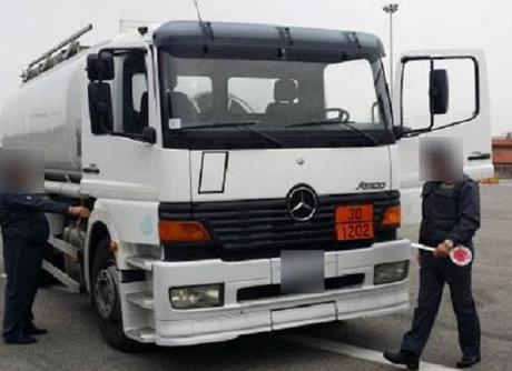 Sequestrati 4.000 litri di gasolio di contrabbando tra Torre Annunziata e Caivano