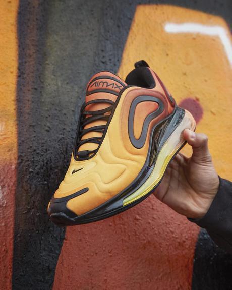 Le nuove Nike Air Max 720 in vendita da JD Sports