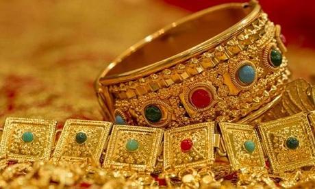 Rimedi della Nonna per pulire i gioielli d'oro