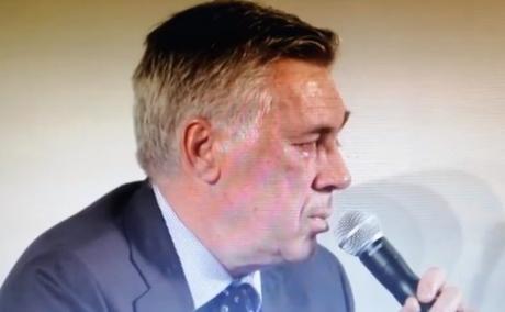 """VIDEO. Ancelotti si commuove parlando del figlio: """"Ha avuto culo ma…"""""""