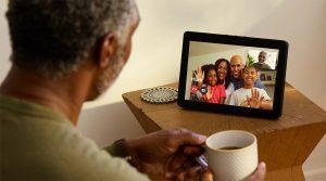 Amazon Alexa: attive le chiamate Skype. E ci sono anche i video musicali di Vevo