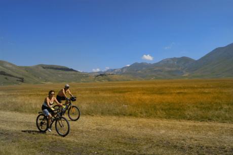 Castelluccio di Norcia: itinerari e sentieri