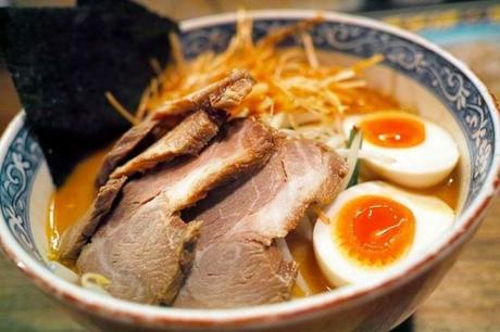 Brodo dashi giapponese: ricetta (anche veg), ingredienti e preparazione