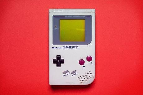 Buon compleanno Game Boy