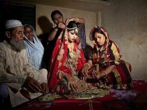 Il Pakistan vieta i matrimoni prima dei 18 anni