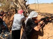 ribelli libici accusano nato scarso impegno, mentre zlitan civili vengono uccisi dalle forze governative.