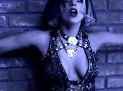 """video """"The Edge Glory"""" Gaga veste Versace clone della Ciccone"""