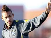 "Maradona attacca Neymar: maleducato come Pelè"""