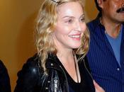 Madonna gonfia botox David manda fanculo paparazzi