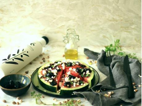 anguria con feta e olive / karpouzi me feta kai elies