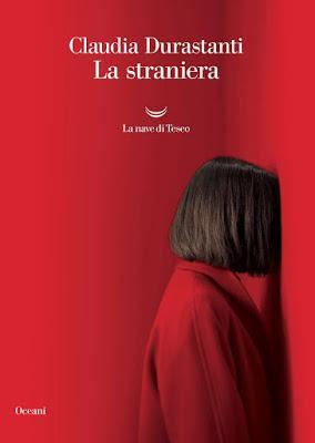 Recensione: La straniera di Claudia Durastanti