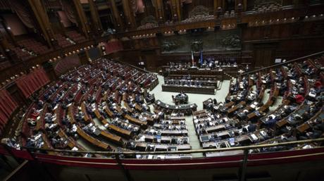 I professori avvertono, ridurre i parlamentari potrebbe non essere un bene