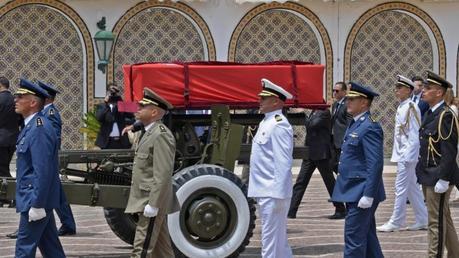 Oggi i funerali di Stato del presidente tunisino, Essebsi