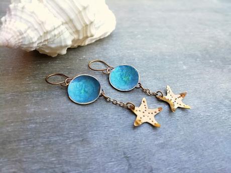 Indossare bijoux in spiaggia