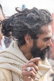 Central India 36 - La folla si ammassa sempre di più