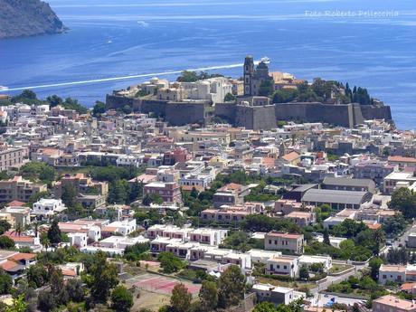 In viaggio con Roberto. Lipari: la capitale delle isole Eolie!