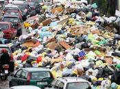 spazzatura uccide Napoli...