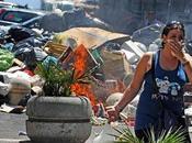 mani della criminalità sulla crisi rifiuti