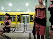 Sfilata moda nella metropolitana Berlino