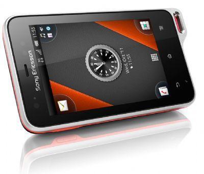 News | Presentato il primo video di unboxing del Sony Ericsson Xperia Active (lo smartphone sommergibile)