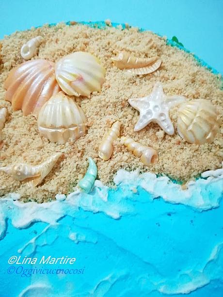 Torta tema marino con conchiglie