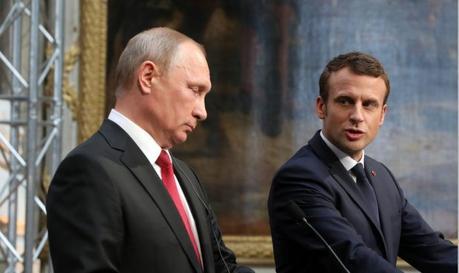 Libia : per Putin da Parigi necessaria riconciliazione delle parti nel Paese