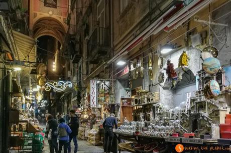 Via San Gregorio, Napoli, Italia
