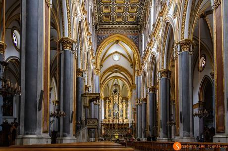 Intenrono della chiesa di San Domenico Maggiore, Napoli, Italia | Cosa vedere a Napoli