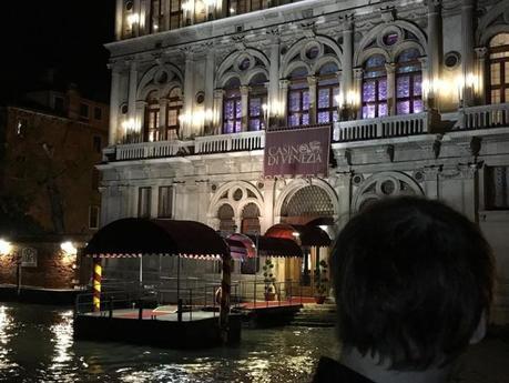 Monica Gabetta Tosetti: l'eleganza e la femminilità trionfano a Venezia