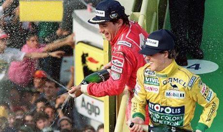 Senna vince, primo podio in Italia per Schumacher