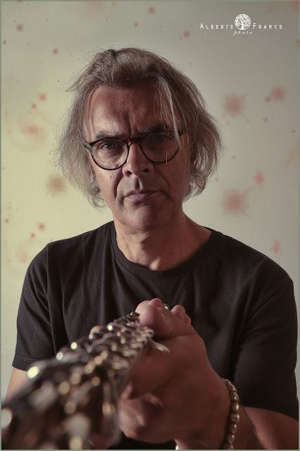 Chi va con lo Zoppo... ascolta 'MusicaParte', il nuovo album di Franco Olivero!