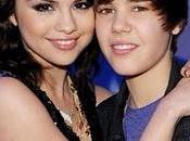 Ecco cosa Selena Gomez quando spara seghe Justin Bieber