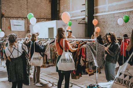 Lo shopping vintage al Kilo di Vinokilo arriva a Milano