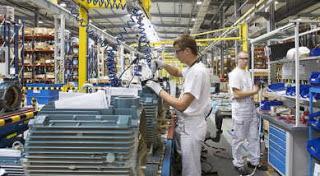 Crescono ancora i contratti di lavoro, ma per le imprese è difficile trovare professionisti qualificati