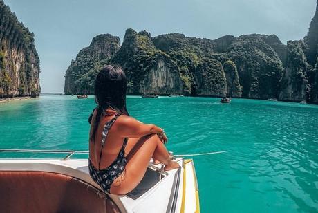 phi phi islands - Blue lagoon
