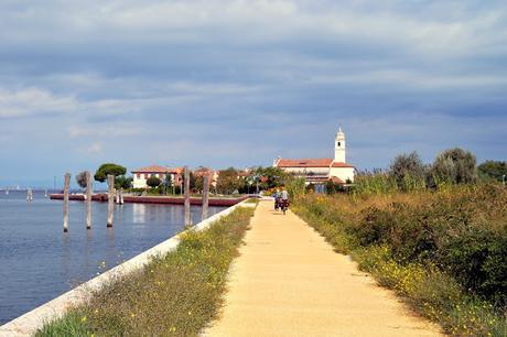 Dal Lido a Pellestrina in bici lungo la ciclovia delle isole di Venezia