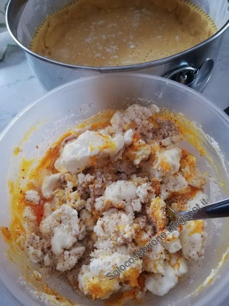 Crostata  ricotta mandorle e  marmellata