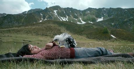 Abel - Il figlio del vento è un film che integra alla perfezione immagini documentaristiche e vicenda narrata.