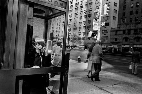 bampgs:Bruce Gilden's Gritty Vision of a Lost New YorkΜπρους είσαι λατρεία