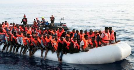 Il governo italiano da piu` soldi ai migranti che ai disabili