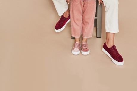 Al passo con i trend: Superga le scarpe evergreen più amate al mondo