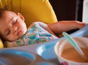 ma...un bambino addormentarsi mangiando???