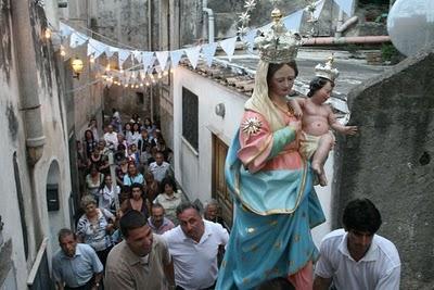 A chiesa nuova si festeggia santa maria delle grazie for Quando si festeggia santa ilaria